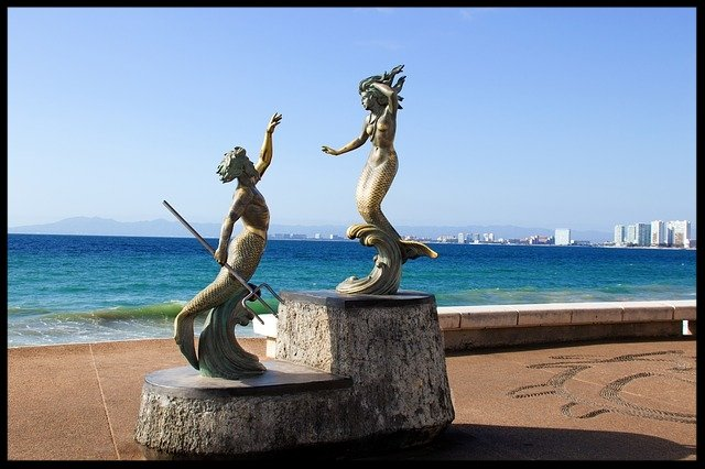 sculpture-2084271_640 (1).jpg