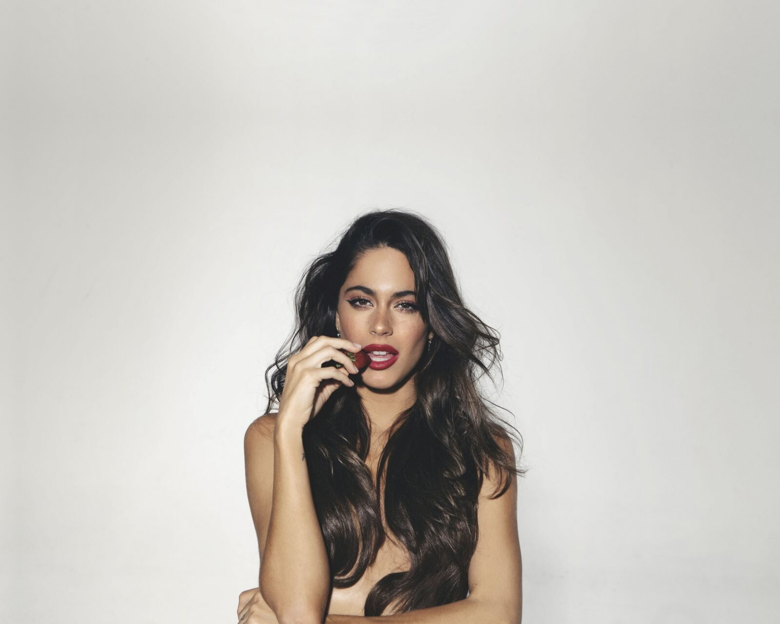 Argentine singer Tini. A common Argentinian girl aesthetic!